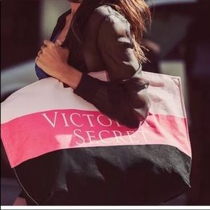 NWT Large canvas Victoria's Secret Pink tote bag